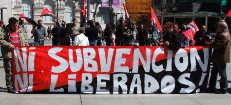 \'Ni subvencion, ni liberados!\'