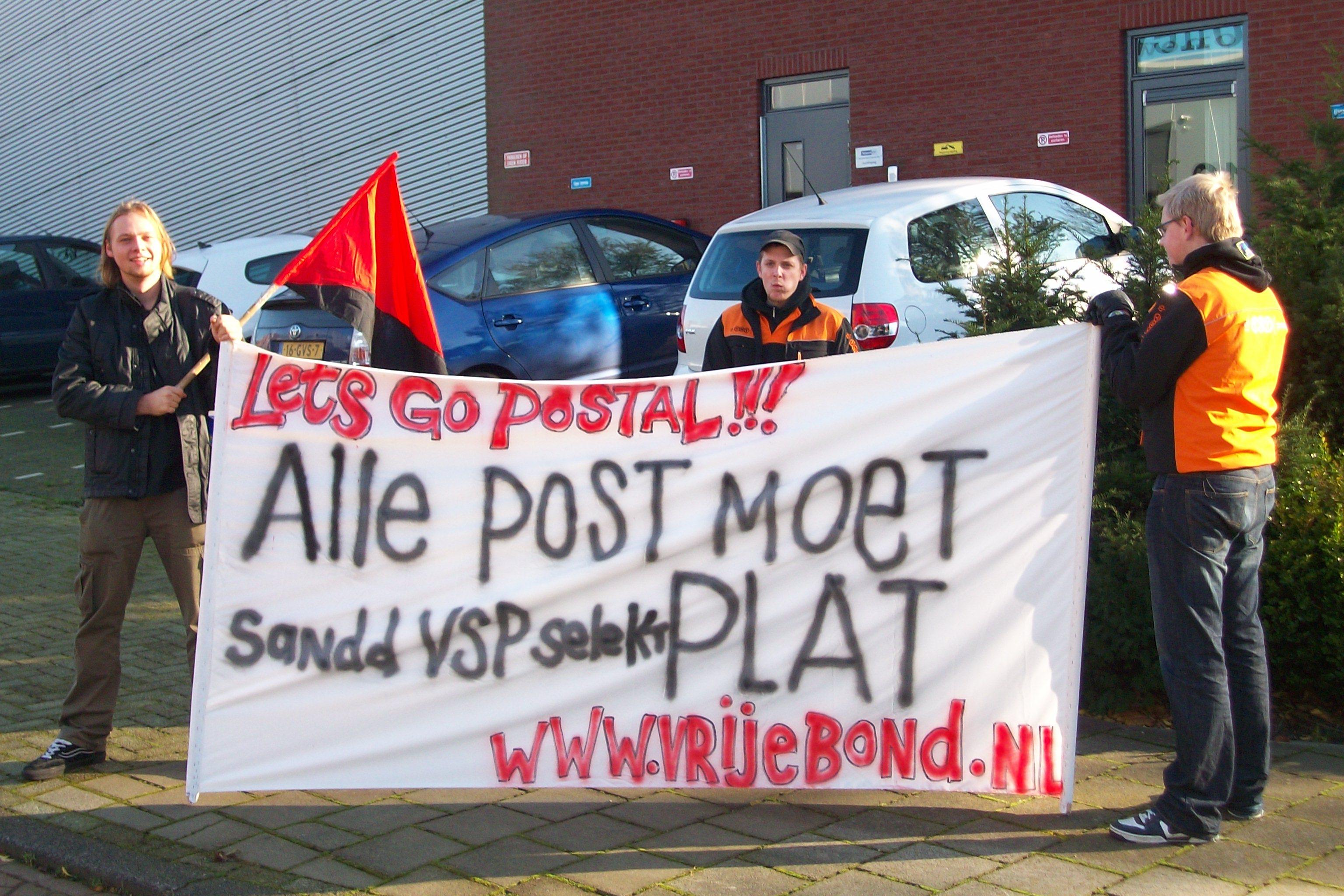Streikposten bei TNT-Tochterfirma VSP